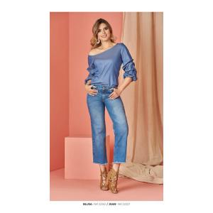 Blusa  asimétrica en escote con mangas amplias prensadas Mujer Ref 32350